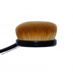 Pro Oval Foundation Brush - London Pride