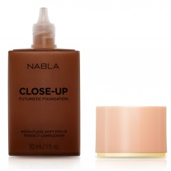 Close-Up Futuristic Foundation D40 - Nabla